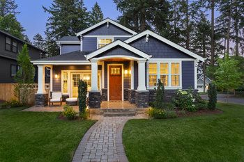craftsman-home-gettyimages-1026205392